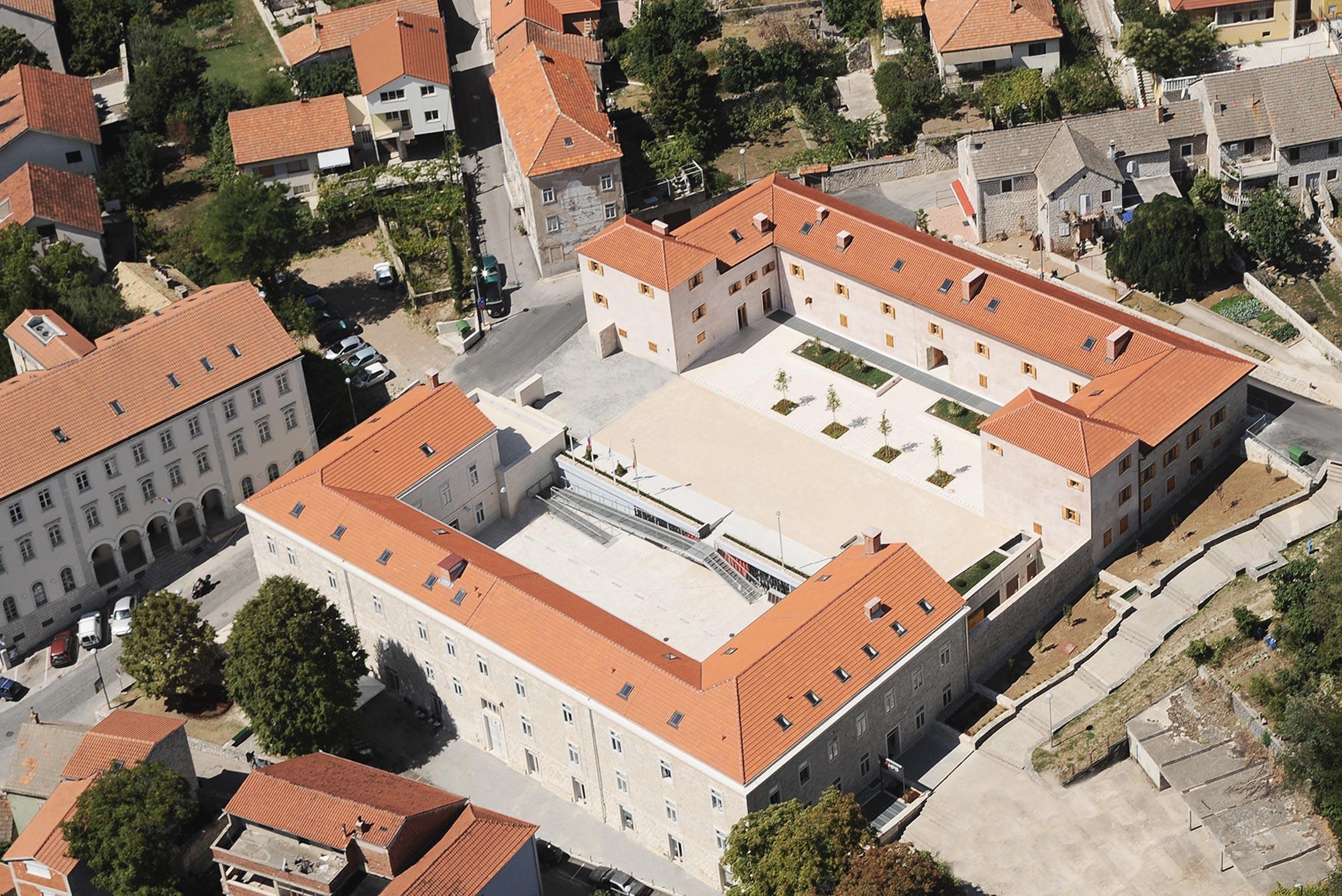 Image result for alkarski dvori